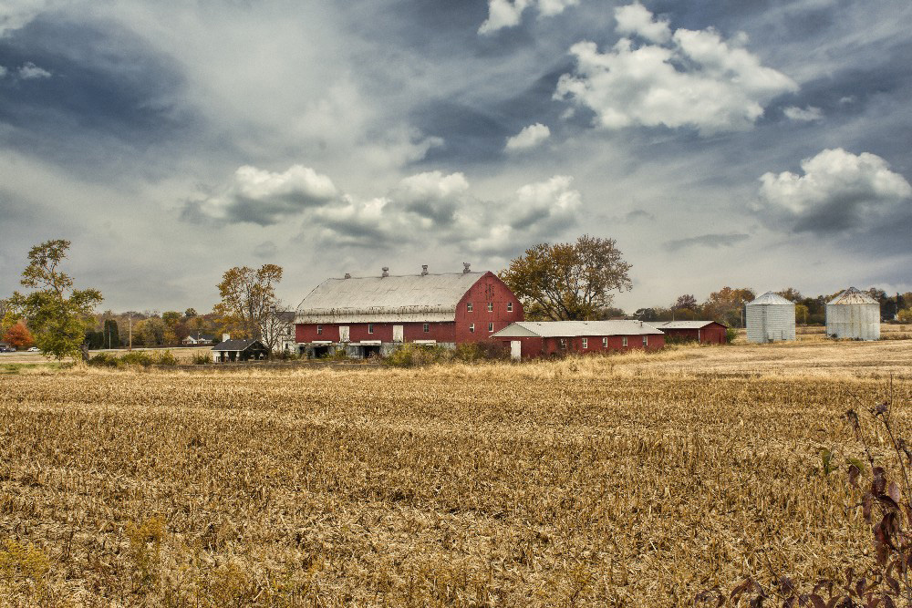 Farm in Miami County Ohio by Dan Cleary of Cleary Creative Photography in Dayton Ohio