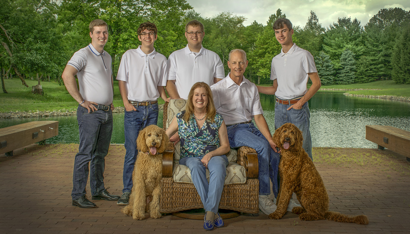 family home portrait by Dan Cleary of Cleary Crative Photogaphy in Dayton Ohio